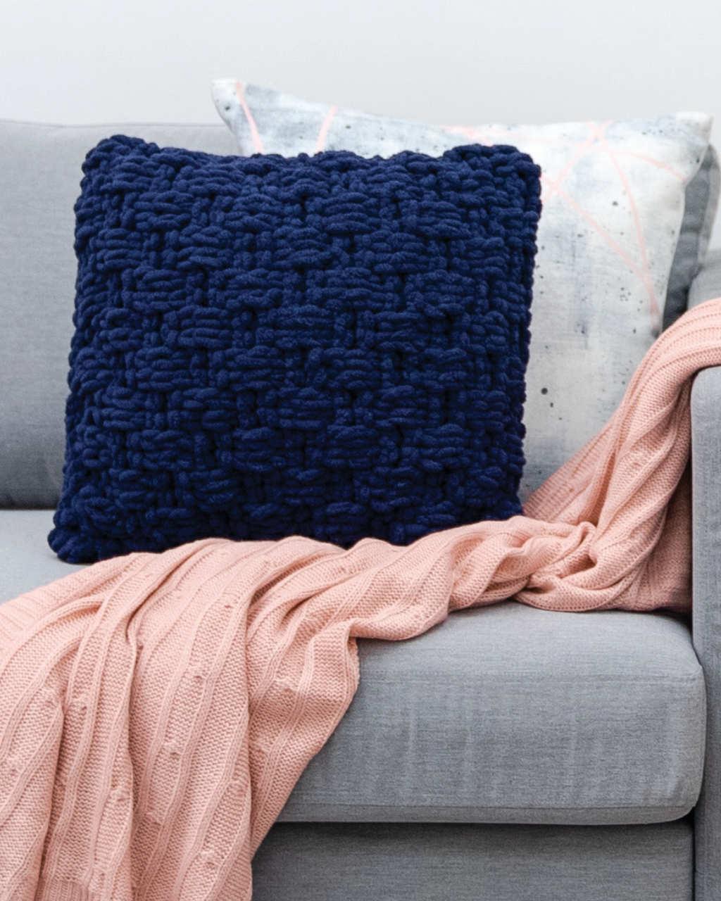 Loopz - Basketweave Cushion